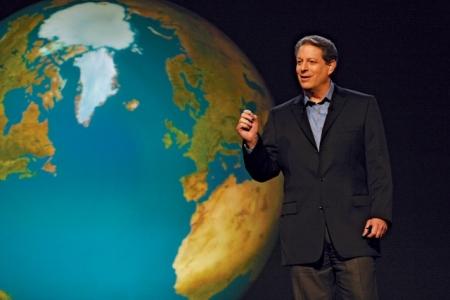Al Gore combina de forma equilibrada en sus presentaciones los tres propósitos básicos de un discurso según Aristóteles: informar, persuadir y entretener, siendo el más importante la persuasión